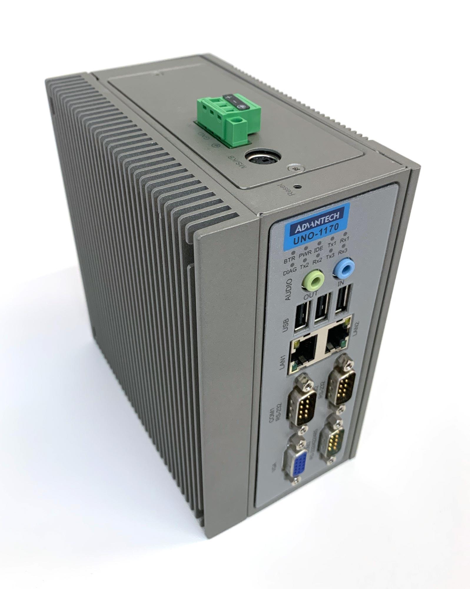 UNO-1170 - Box PC mit Celeron M Prozessor