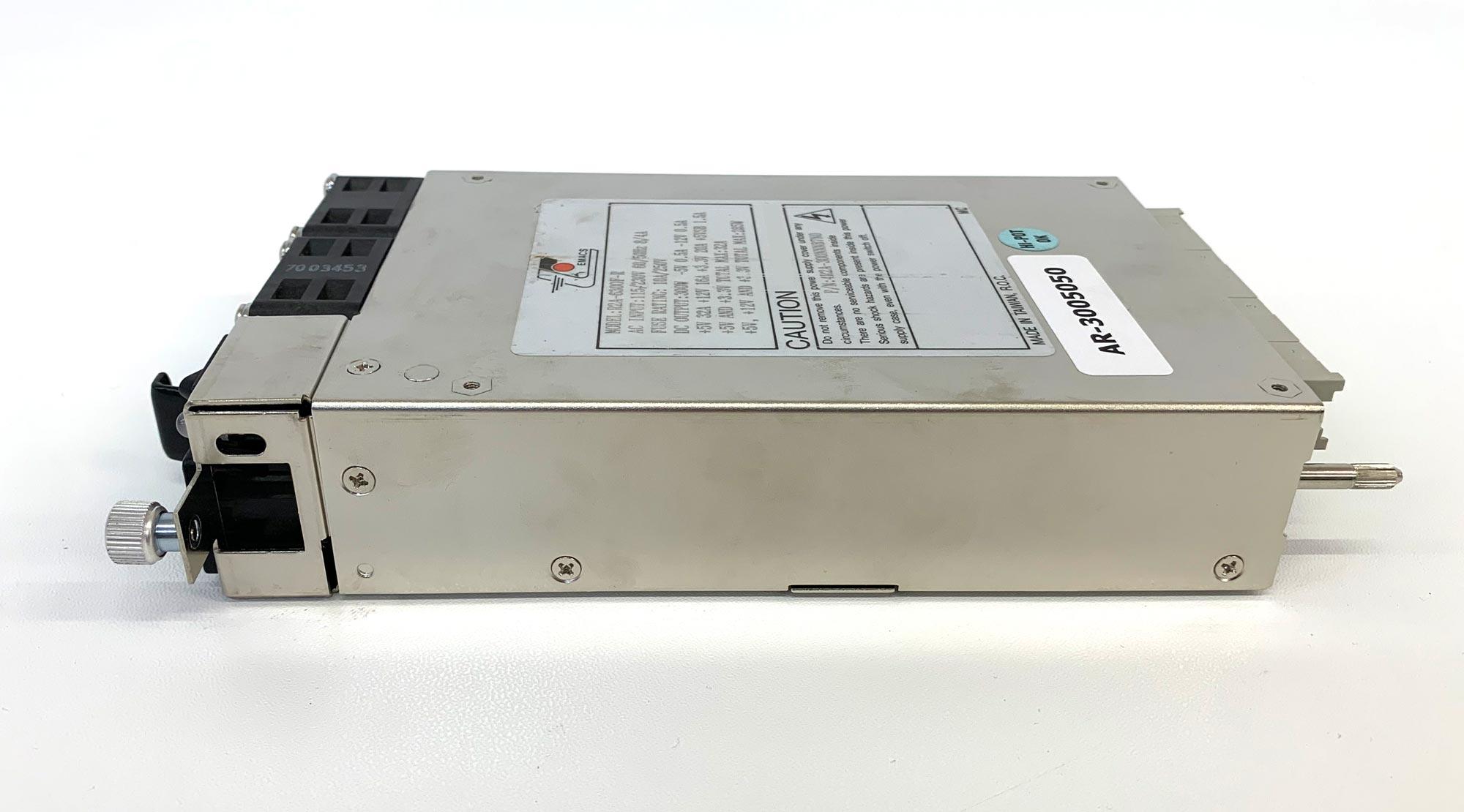 Emacs R2A-6300F-R - 300W IPC Netzteil